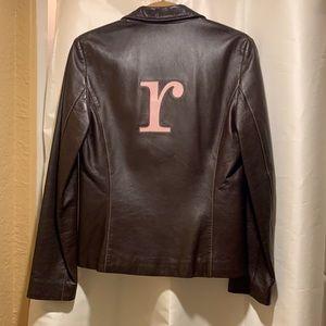 """Bolsa """"R"""" Monogram Leather Jacket"""